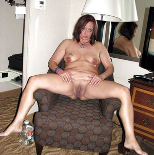 Chubby porn photo with mature women
