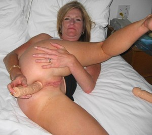 Anal porn photo with mature women