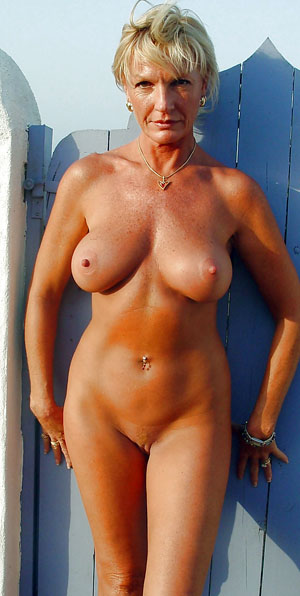Older porn photo with mature women